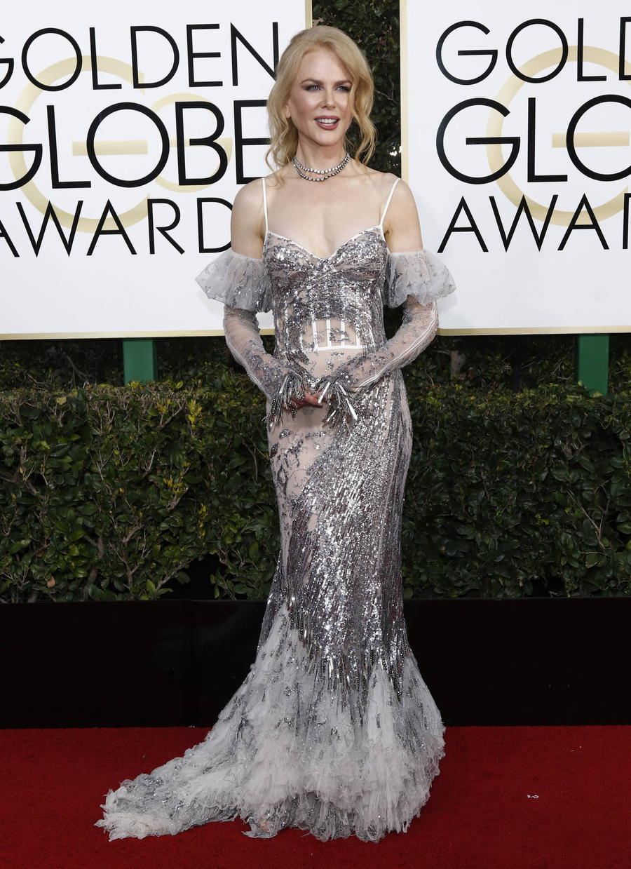 Nicole Kidman Labelled 'Fairy Mother' By Daughters Thanks To Golden Globes Gown