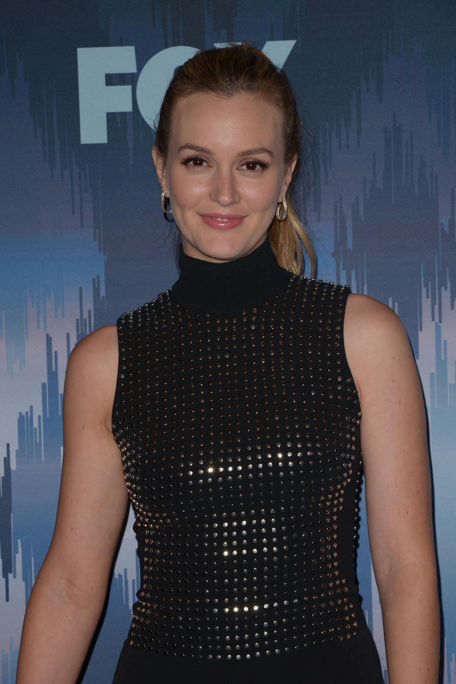 Leighton Meester Disagrees With Gwyneth Paltrow's Beauty Advice