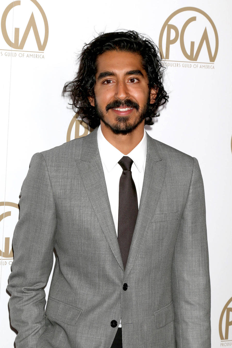 Dev Patel Slams Awards Ceremonies Amid U.s. Immigrant Ban