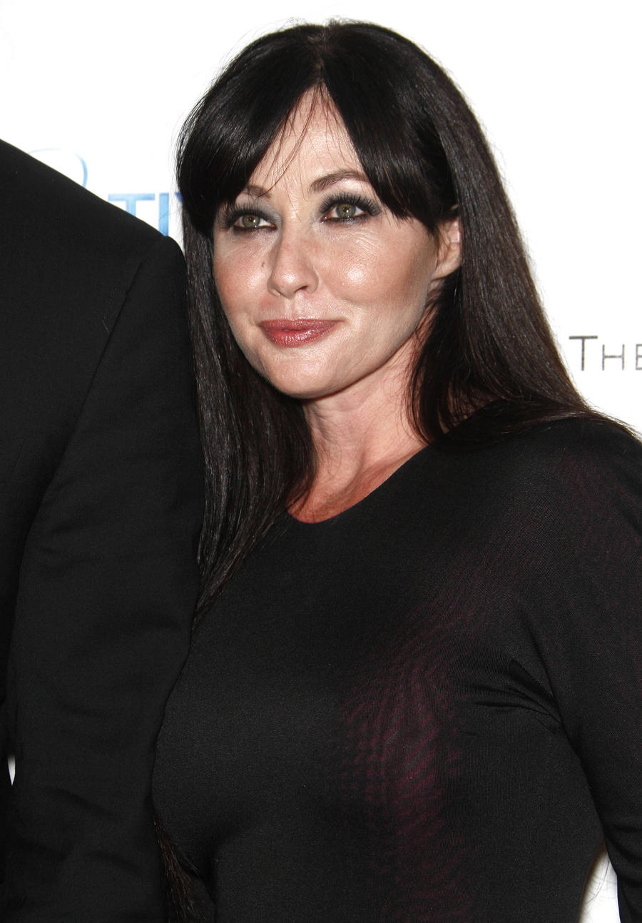 Shannon Doherty Thanks Sarah Michelle Gellar For Her Support