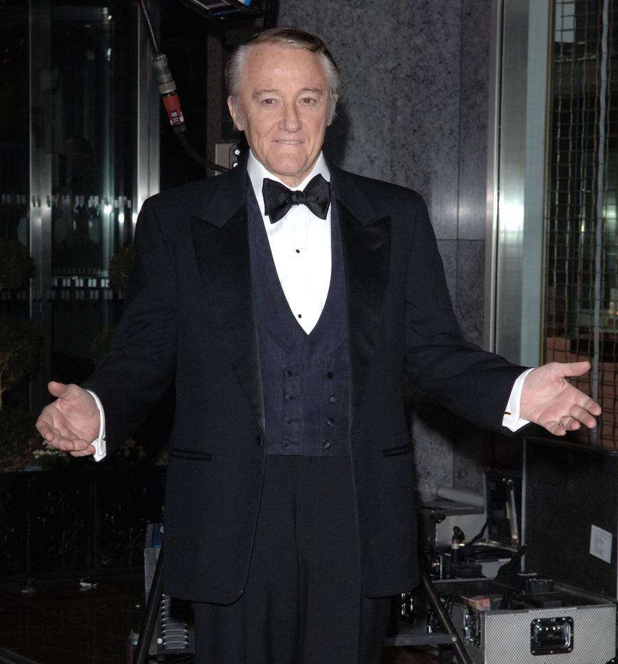 Tributes Pour In For Robert Vaughn