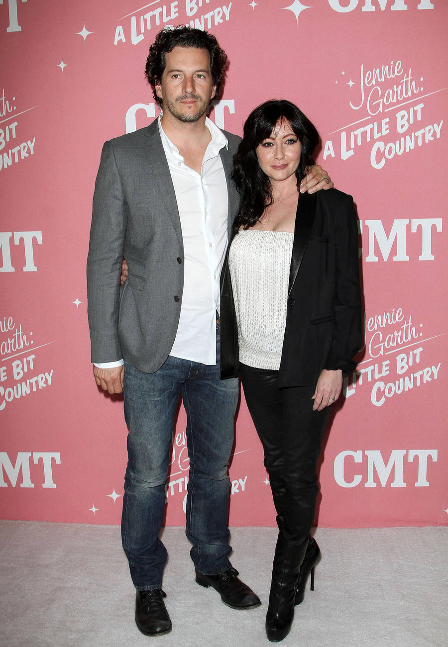 Shannen Doherty: 'My Husband Loves Me With Pink Hair Or No Hair'