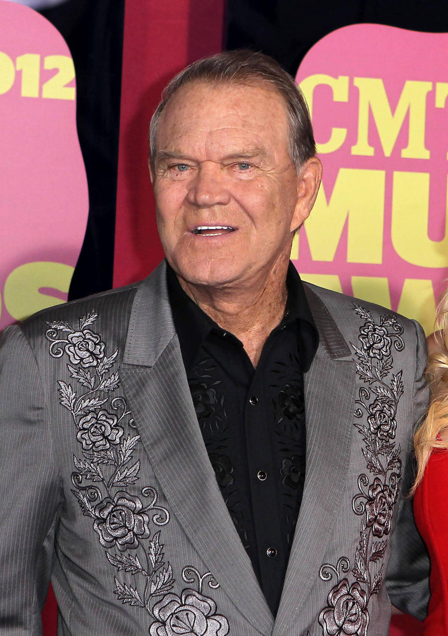 Ailing Glen Campbell Loses Voice