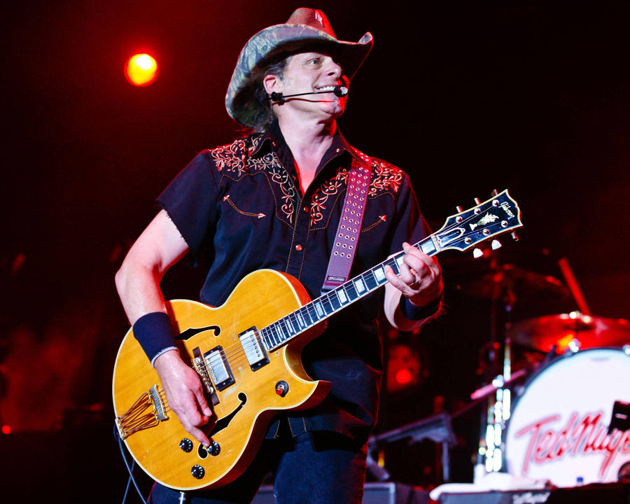 Minnesota Residents Call For Cancellation Of Ted Nugent Show