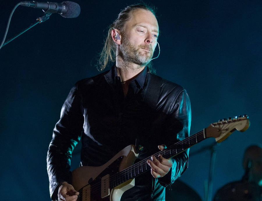 Thom Yorke Plays Surprise Gig At Neighbour's Garden Party