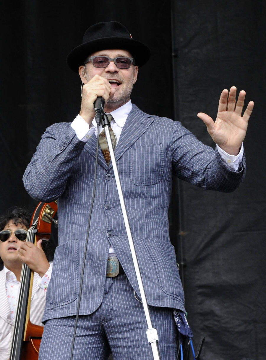Rocker Gord Downie Diagnosed With Terminal Cancer