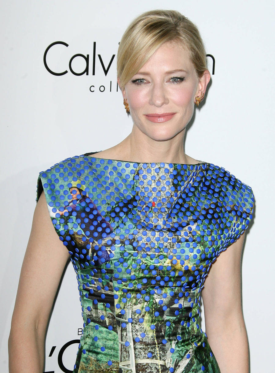 Cate Blanchett Leads All-star Reading Of Refugee Poem