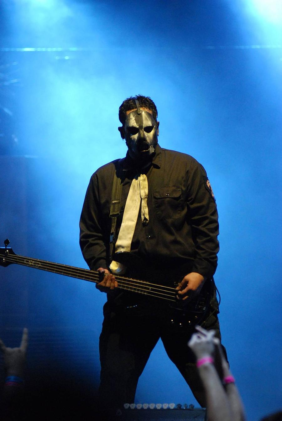 Late Slipknot Bassist Paul Gray's Equipment Going Up For Auction