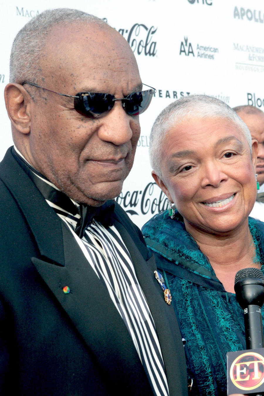 Bill Cosby's Wife Keeps Lips Zipped During Second Deposition Day