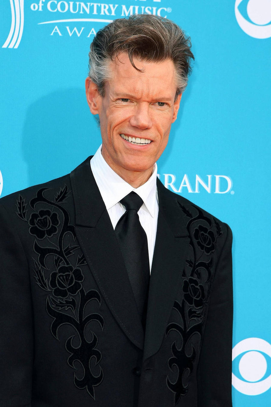 Randy Travis And Charlie Daniels Inducted Into Country Music Hall Of Fame