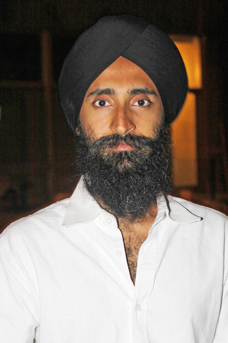Waris Ahluwalia Gets Apology From Airline