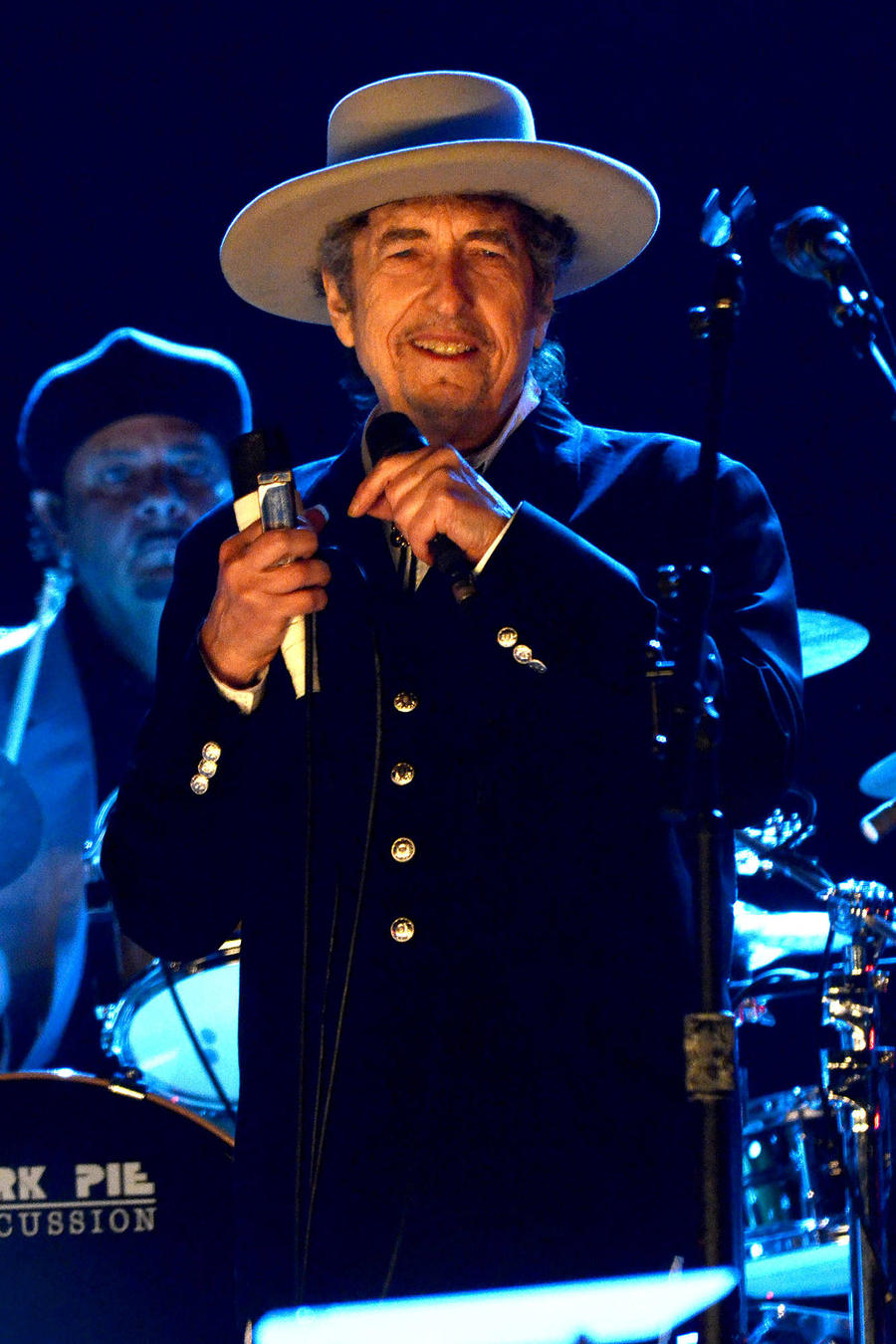 Bob Dylan Finally Receives His Nobel Prize For Literature