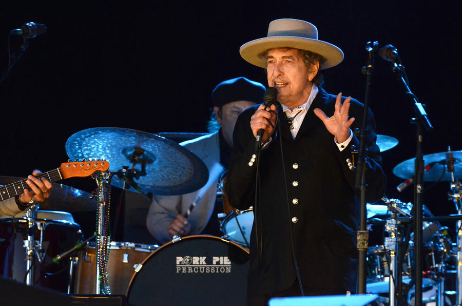 Bob Dylan Book Sales Soar After Nobel Prize Win