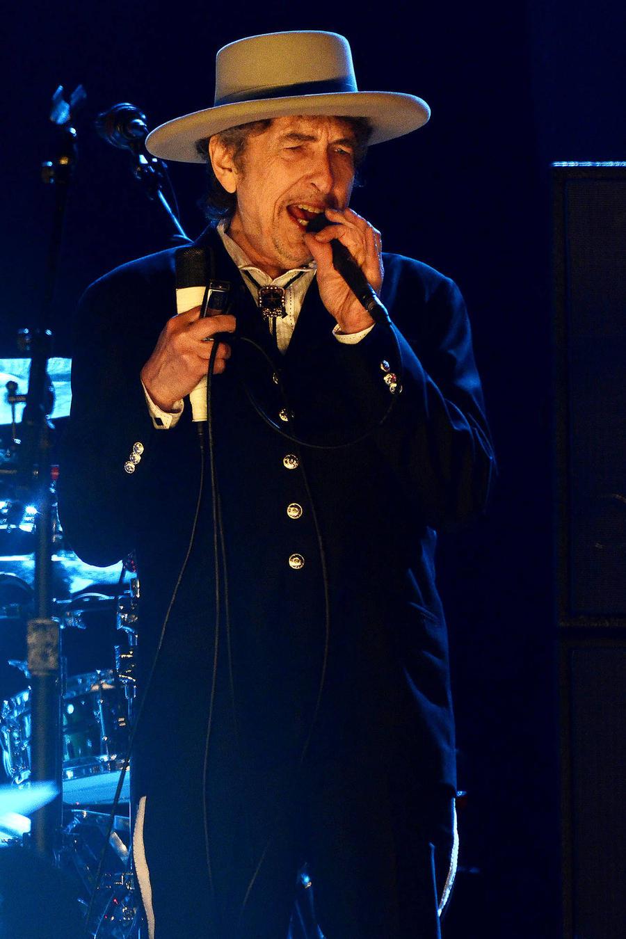 Bob Dylan Not Attending Nobel Prize Ceremony