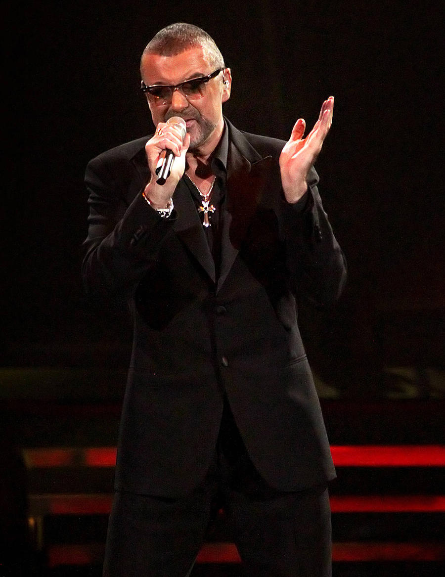 George Michael Covered Ivf Costs For Childless British Couple