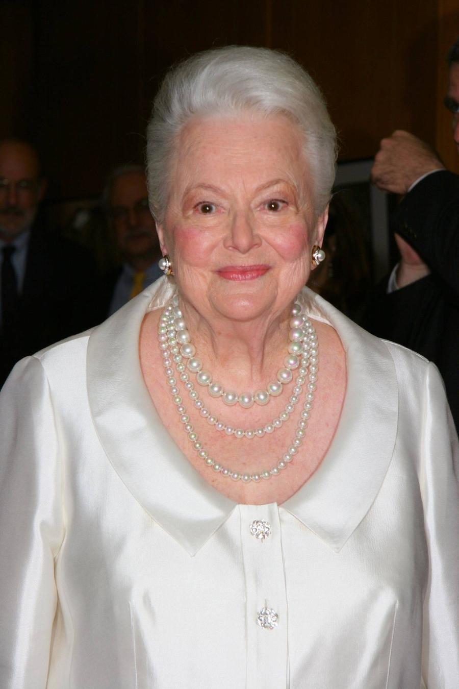 Olivia De Havilland | Olivia De Havilland Honoured With ... Olivia De Havilland