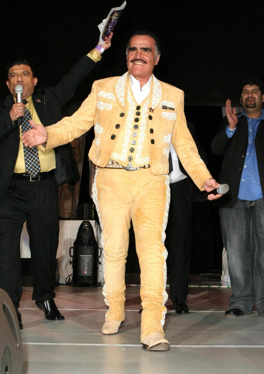 Vicente Fernandez Hits Back At False Death Reports