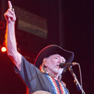 Willie Nelson won't retire