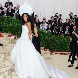 Winnie Harlow: Katy Perry helped me pee during Met Gala