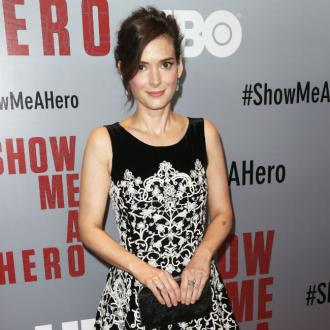 Winona Ryder urges Mel Gibson to 'accept responsibility'