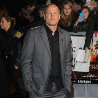 Woody Harrelson quits smoking pot