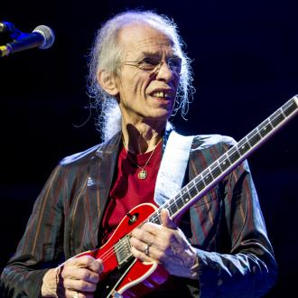 Yes cancel tour after Steve Howe's son dies