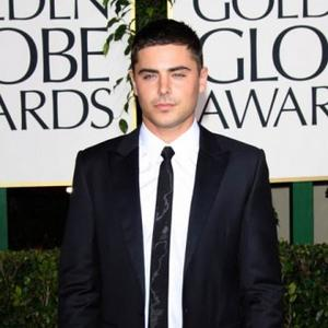 Zac Efron's Friends Abuse Pool