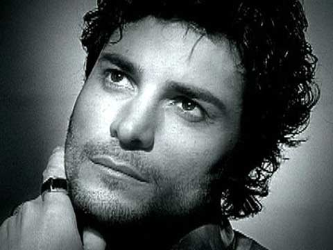 C&DILF: aka the thread where you stop taking me seriously - Page 2 Chayanne-te-echo-de-menos